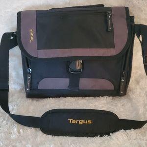 Targas small electronics bag